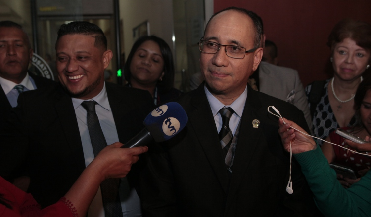 Fiscales viajaron a Estados Unidos para reunirse con testigo protegido en caso contra Ricardo Martinelli