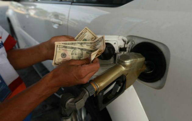 Ajuste su bolsillo; gasolina de 95 y 91 octanos subirán 10 y 8 centavos