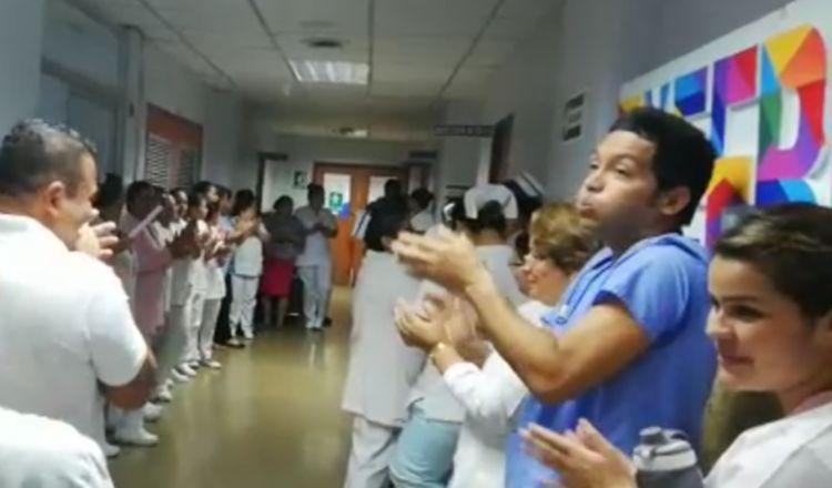 Protestan por falta de aire acondicionado en salas del hospital de David