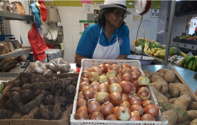 Aduanas regulará importación de carne, arroz y cebolla