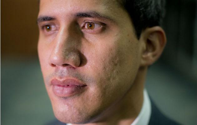 Guaidó anuncia en Ecuador su regreso a Venezuela y convoca movilizaciones