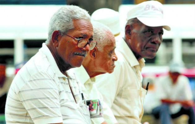 Empresarios en desacuerdo con descuentos de hasta 75% para los jubilados
