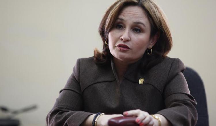 Magistrada Angela Russo tiene en sus manos denuncia de procuradora Kenia Porcell contra diputada Zulay Rodríguez