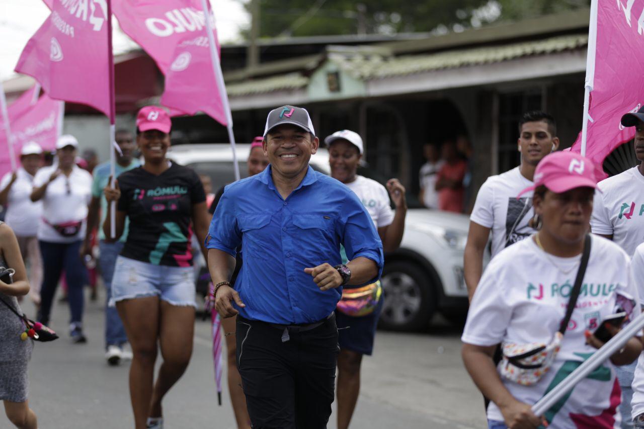 Luis Casís promete soluciones concretas a los problemas que afectan a la población