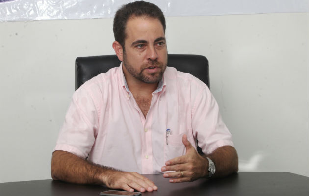 Mario Etchelecu propone a miembros del directorio del Partido Panameñista renunciar al cargo