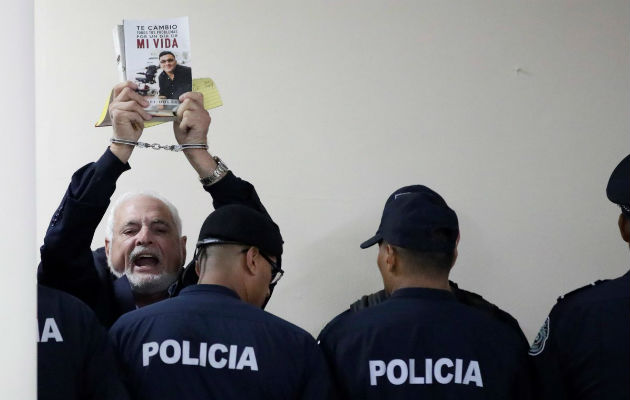Expectativa por audiencia de fianza de excarcelación al expresidente Ricardo Martinelli
