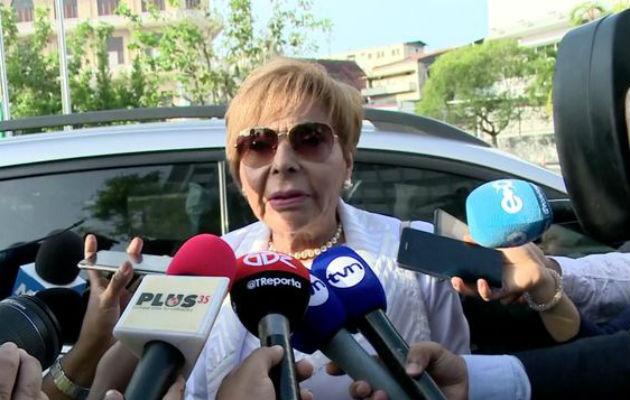Mayín Correa acusó a la Procuradora Kenia Porcell de usar la noticia criminis para perseguir a funcionarios de la administración de Ricardo Martinelli. Foto: Panamá América.