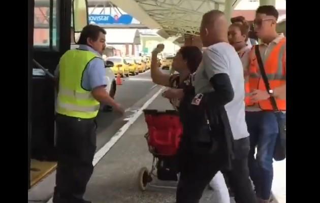 Mi Bus investiga incidente entre operador de metrobús y usuaria, que quedó grabado en video
