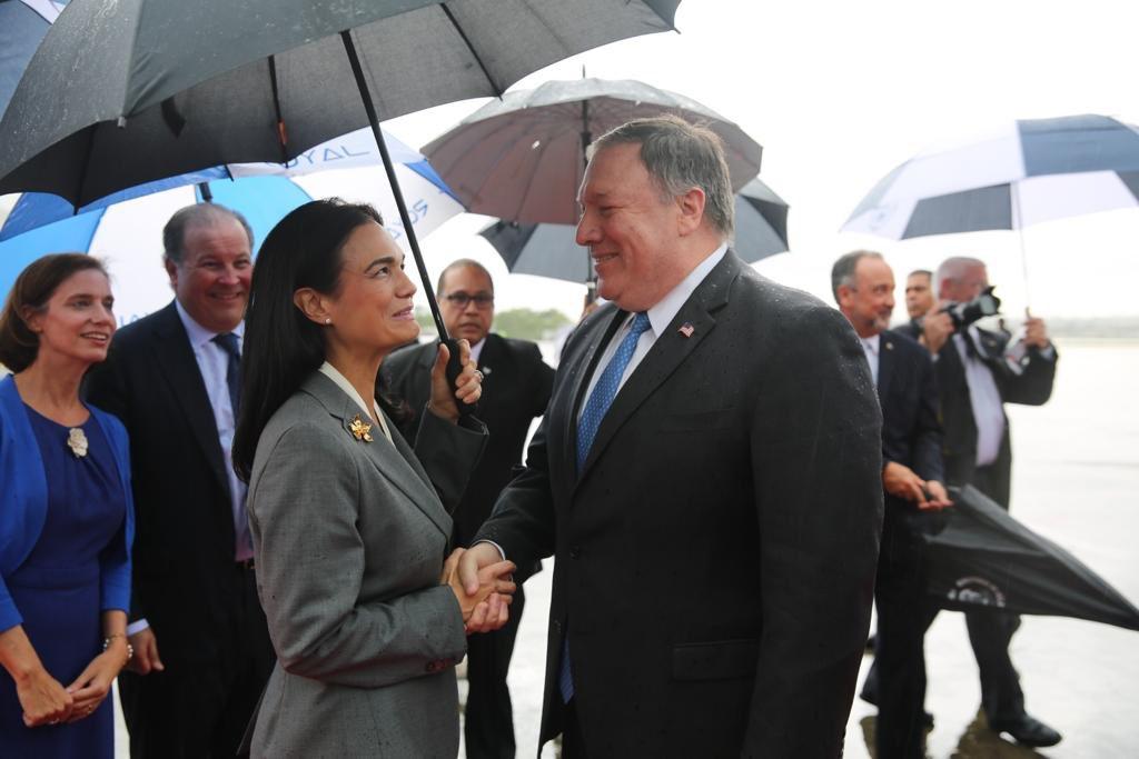Vicepresidenta Isabel de Saint Malo viajará a Washington para reunirse con Mike Pompeo