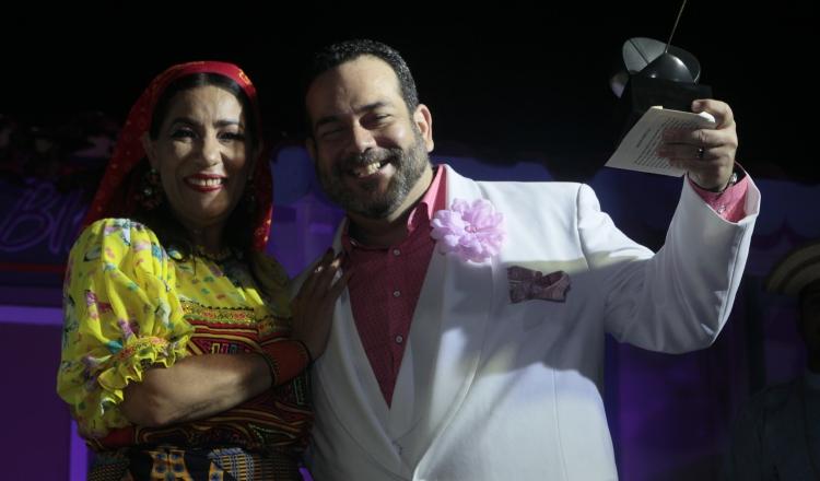 Neysa Ferguson y Agustín Clément. Gala de los Premios Escena,