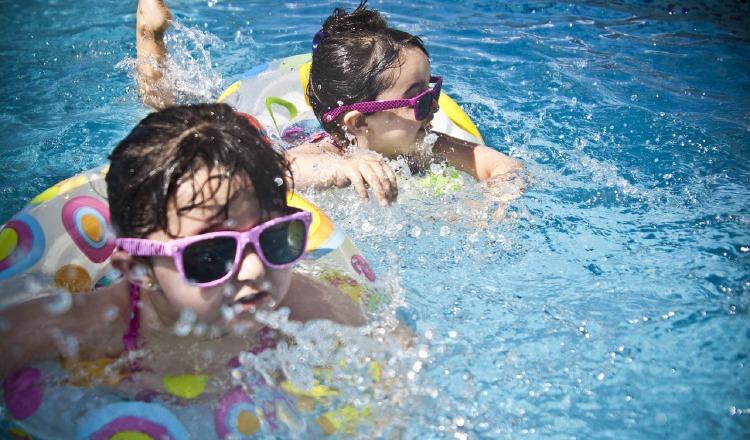 Cuidar a los niños en las vacaciones