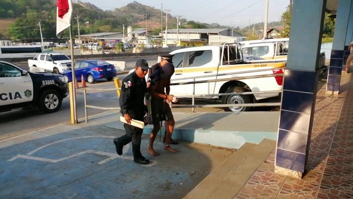 Legalizan la detención de 'Oscarito' por la muerte de su madre, abuela y hermana