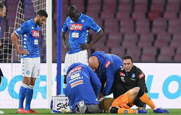 Ospina fue trasladado al hospital.