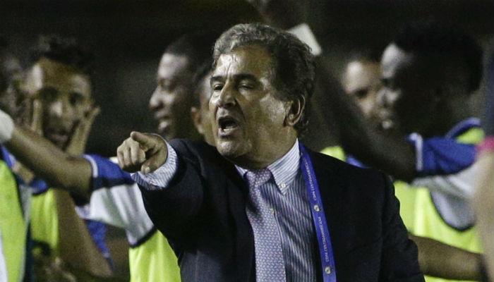 Jorge Luis Pinto rechaza dirigir a Panamá