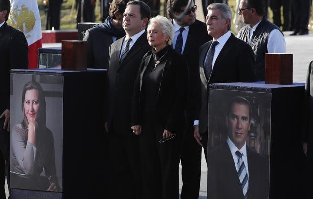 López Obrador niega conspiración en tragedia aérea donde fallecieron dos políticos