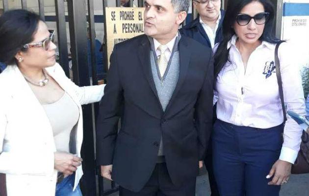 Cambian la medida de detención preventiva al abogado Ramsés Owens