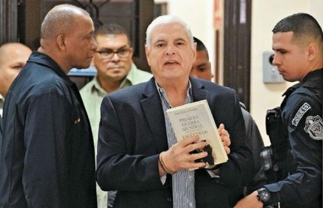 Ricardo Martinelli sigue ampliando ventaja en firmas a la alcaldía capitalina