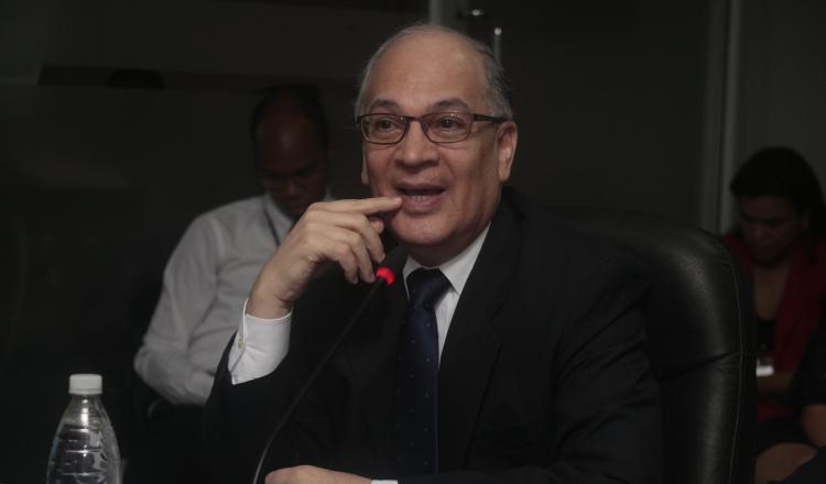 Procurador Rigoberto González le ha archivado 23 denuncias a Kenia Porcell
