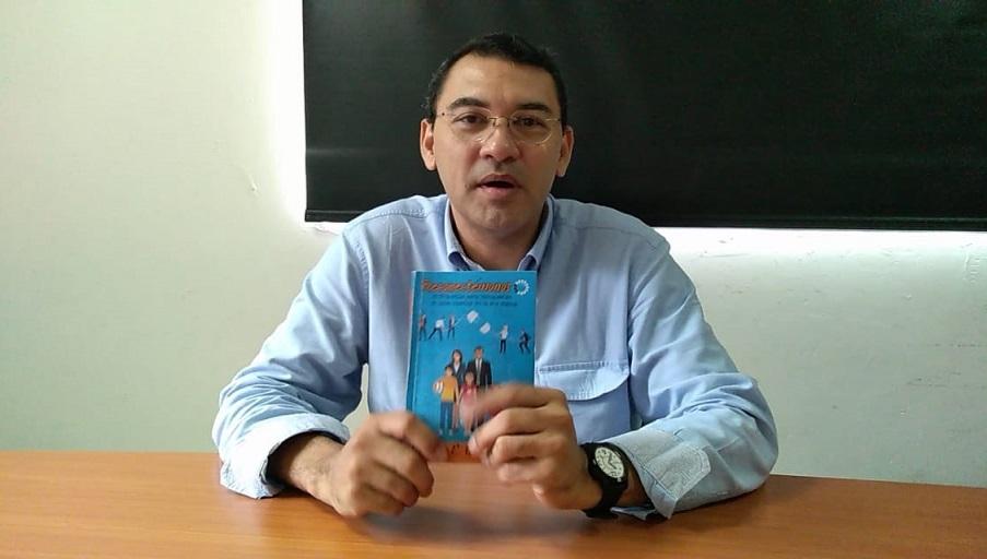 ¡Ojo con la tecnología como niñera! Advierte Rodolfo Caballero en su nuevo libro
