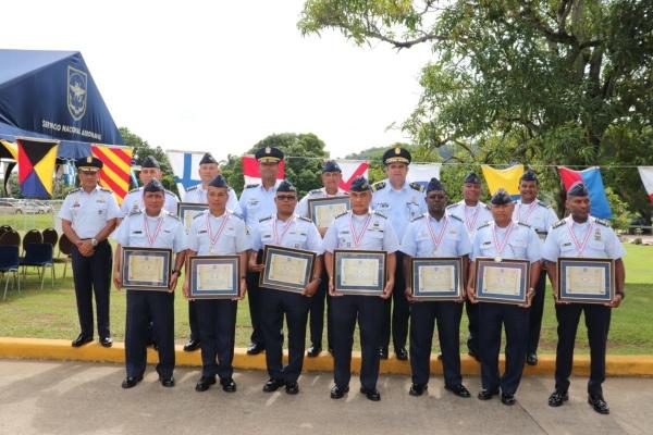 Miembros de la entidad que se han dedicado su vida a servir al país. Foto/Cortesía/Senan