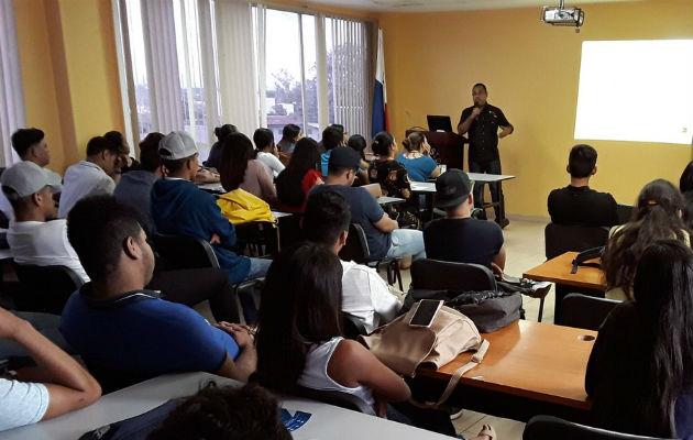 Superintendencia de Bancos de Panamá promueve oficinas de atención al cliente