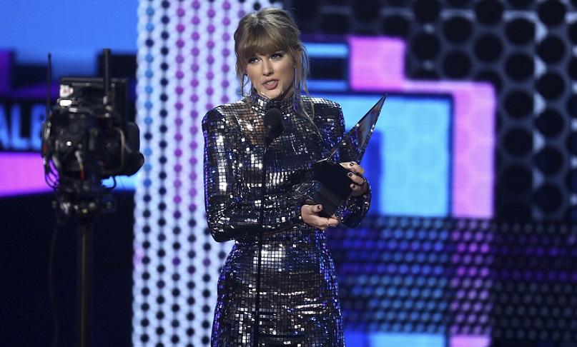 Taylor Swift es la máxima ganadora de la 46 edición de los American Music Awards. Foto: EFE