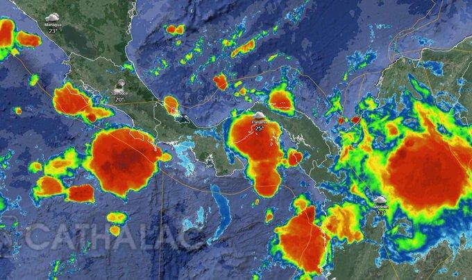Sinaproc en alerta por tormentas en todo el país y mareas altas en el pacífico
