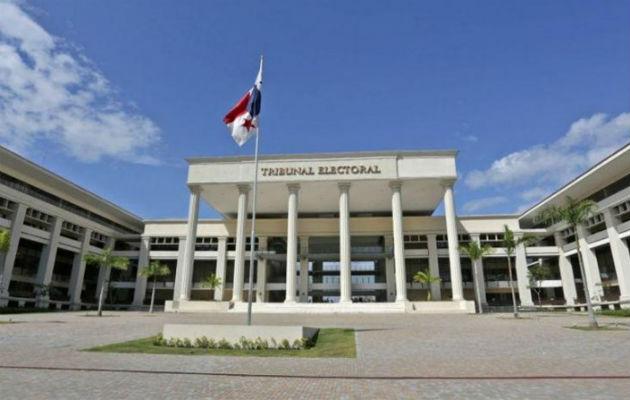 Tribunal Electoral advierte que podría retener credenciales a candidatos que no presenten sus informes financieros