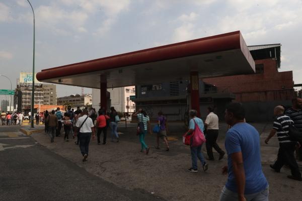 Gran parte del territorio venezolano sigue sin el suministro de electricidad