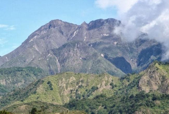 Ambientalistas rechazan construcción de carretera por el Volcán Barú impulsada por el Gobierno