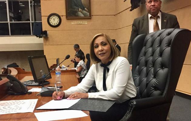 Presentan impugnación contra la reelección de la diputada Yanibel Ábrego
