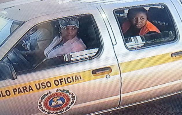 Yanibel Ábrego denuncia violación a su intimidad por parte de funcionarios de la Contraloría