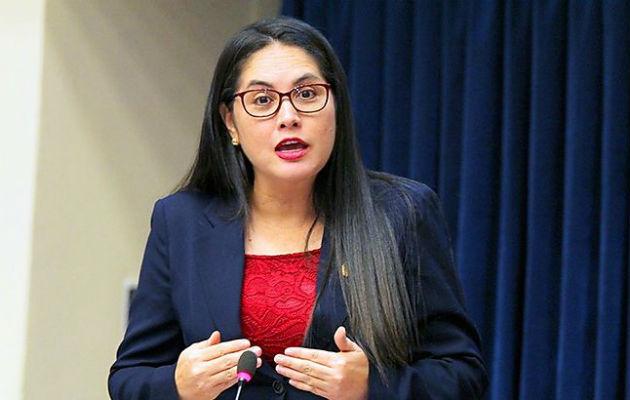 Zulay Rodríguez solicita que se mande a buscar a la directora de Migración con  la Policía de ser necesario