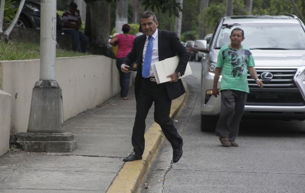 Auditoría a Sittón es calificada como persecución política