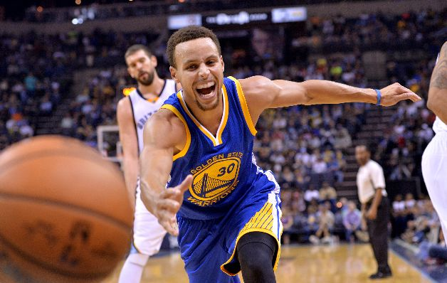 Curry y Warriors siguen intratables