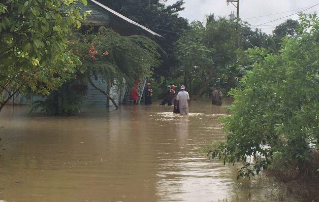 Inundaciones afectan casas en Barú y Divalá