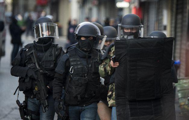 Policía descubre otro yihadista muerto en el asalto al Saint Denis