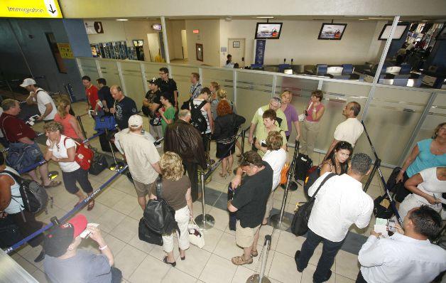 Apreciación del dólar abarata destinos para los panameños