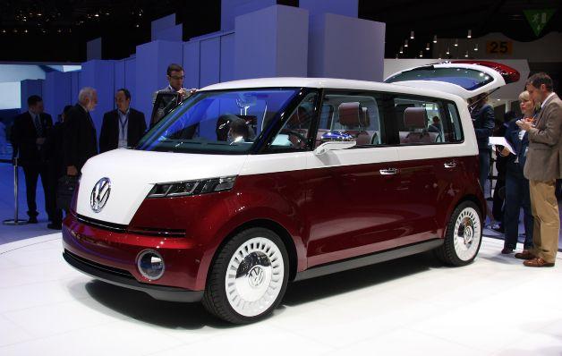 VW manipuló pruebas de emisiones en más autos de los estimados al inicio