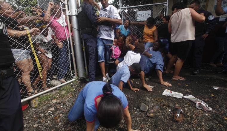 Hubo incapacidad en distribución de jamones. /Foto Roberto Barrios