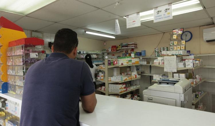 Costo de los medicamentos originales afecta a población