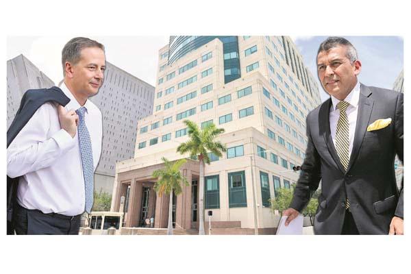 Marcos Jiménez, abogado estadounidense del expresidente Martinelli, y su defensa en Panamá, Sídney Sittón, en tribunal federal de justicia James L. King en Miami, Florida. /Foto EFE/AP