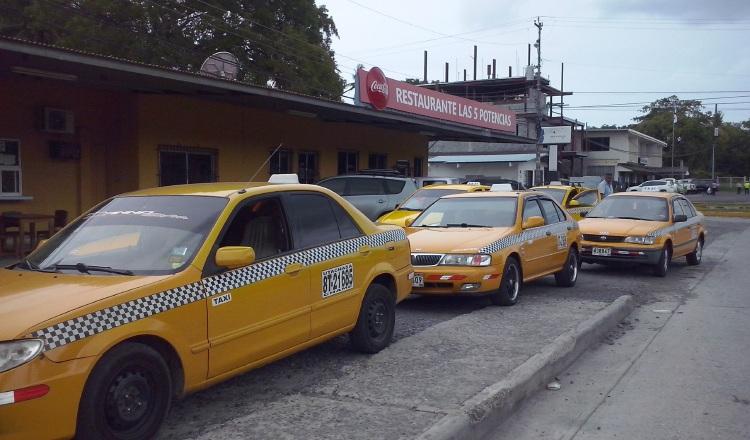 Los altos costos de la tarifa de taxis en este sector de Panamá Oeste se dan sobre todo en la noche. /Foto Eric A. Montenegro