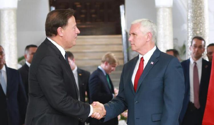 Juan Carlos Varela y Mike Pence concretaron el acuerdo. /Foto Cortesía