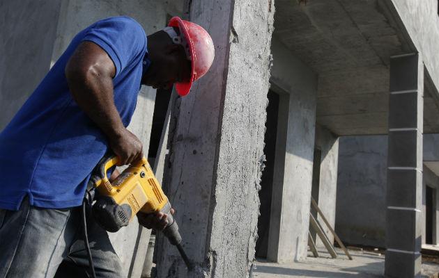 Salario mínimo debería estar en mil dólares por costo de la vida en Panamá