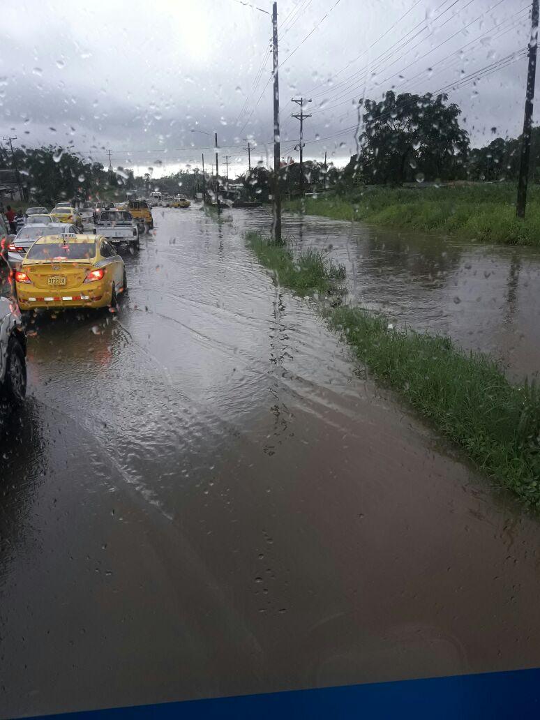 Nuevas inundaciones en Sabanitas y Cativá. FOTO/Diómedes Sánchez