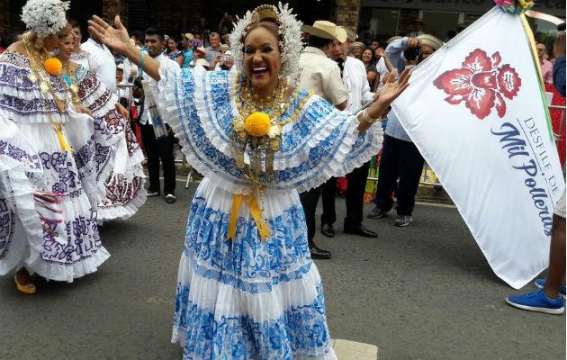 Sandra mostró mucha alegría. Foto: Zenaida Vásquez.
