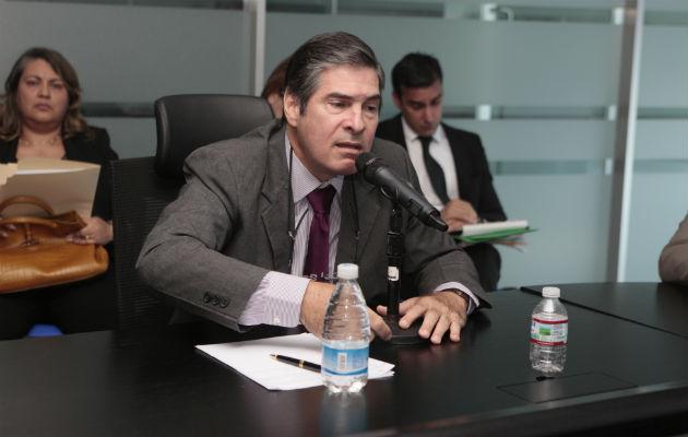 Domínguez aseguró que él no se opone la unión civil, pero sí a los matrimonios religiosos entre homosexuales / Víctor Arosemena.