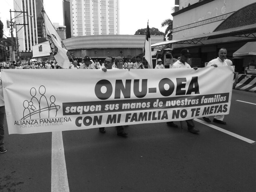Notarios no pueden celebrar matrimonios homosexuales — Costa Rica