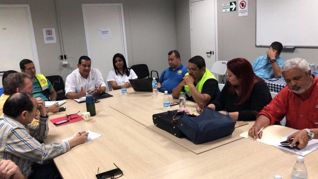 La reunión busca adecuar una mesa de diálogo entre todas las partes / Foto: Redes sociales.